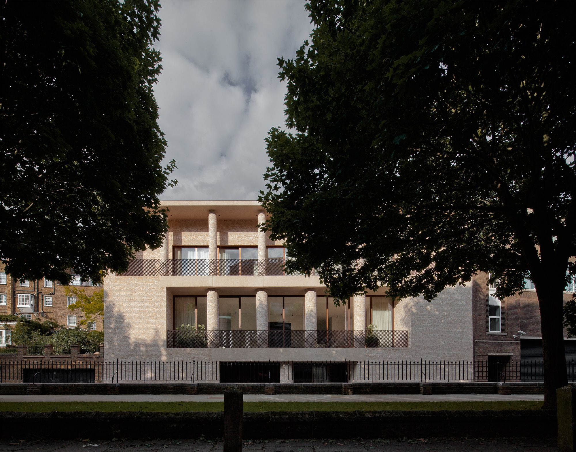 David chipperfield a f a s i a for The kensington house