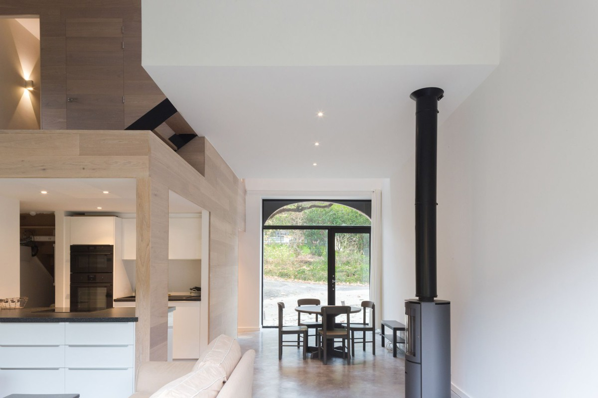 PUZZLE'S . house refurbishment . Lustin (2)
