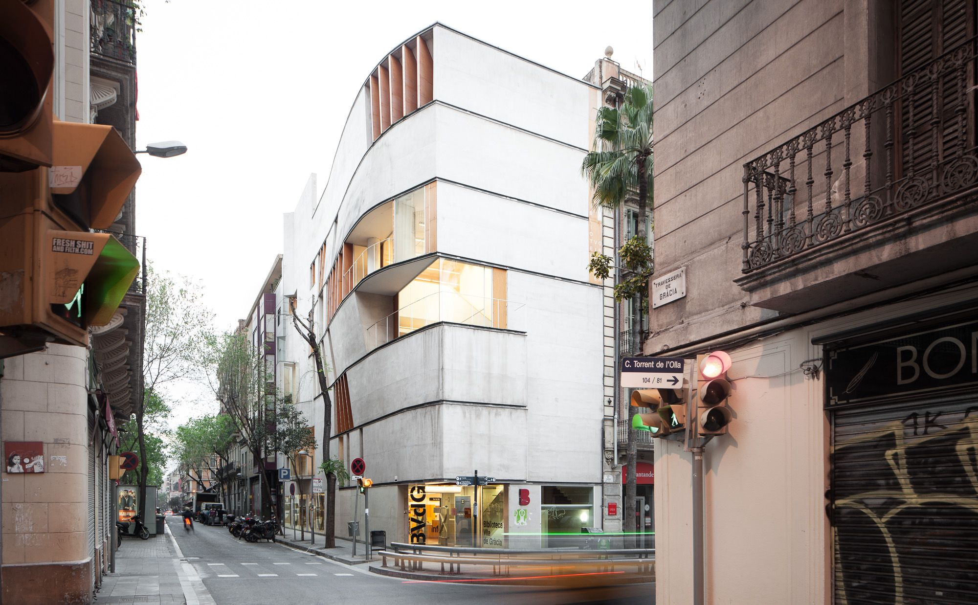 Josep llin s a f a s i a for Biblioteca arquitectura