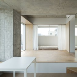 Hiroyuki Ito . Tatsumi Apartment House . Tokyo (7)
