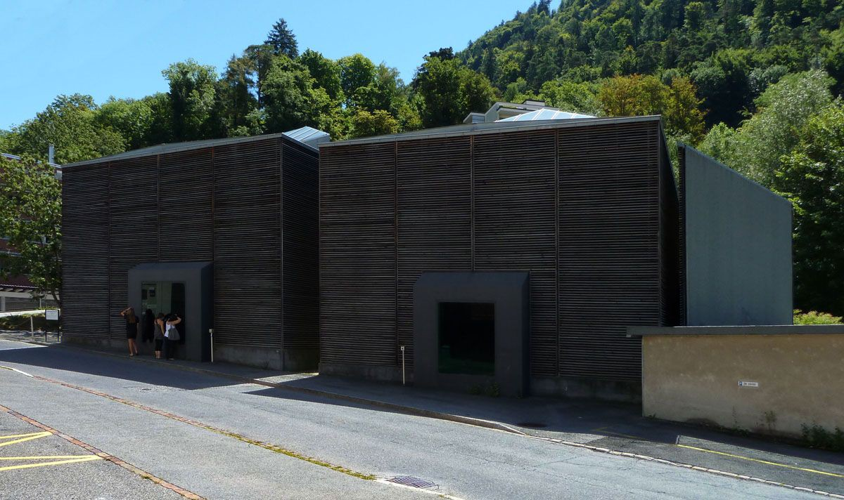 Peter Zumthor . Shelters for Roman Archaeological Site . Chur  (1)