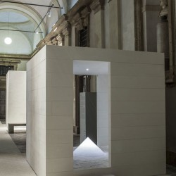 David Chipperfield . Walking through Whiteness . Milano  (2)