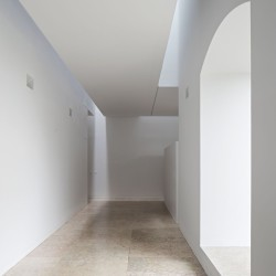 Aires Mateus . Renovation of the Trinity College - European College . Coimbra (12)