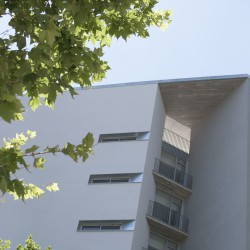 Bonell i Gil . peris+toral . Collective housing for elderly people and civic and health centre . Barcelona (12)