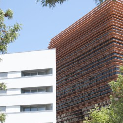 Bonell i Gil . peris+toral . Collective housing for elderly people and civic and health centre . Barcelona (7)