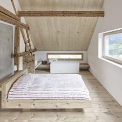 Susan Stgier . House renovation . Riom (6)