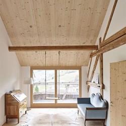 Susan Stgier . House renovation . Riom (7)