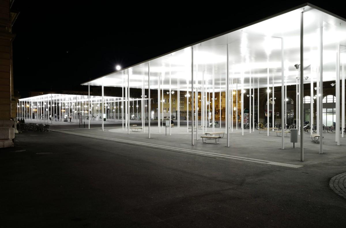 frundgallina . Reorganization of the train station square . La Chaux-de-Fonds (1)