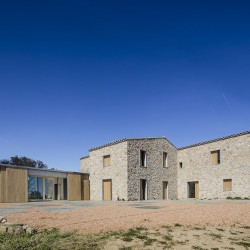05 AM . REBUILD AND EXTENSION OF A COUNTRY HOUSE . Castell-Platja d'Aro (8)