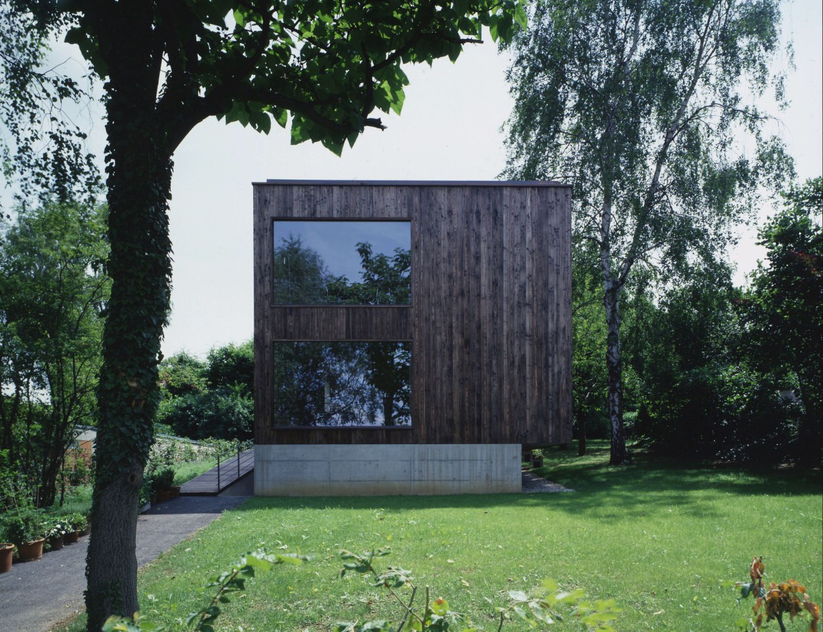 Harry Gugger . Private House . Basel (1)