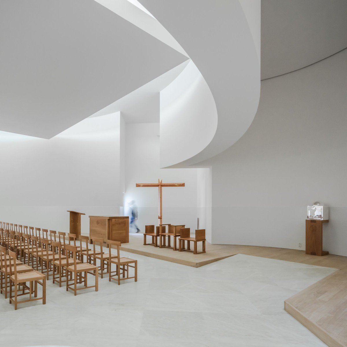 Alvaro Siza . Church of Saint-Jacques de la Lande . Rennes (41)