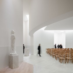 Alvaro Siza . Church of Saint-Jacques de la Lande . Rennes (50)