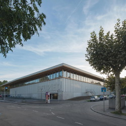 em2n . Heuried Sports Centre . Zurich (3)