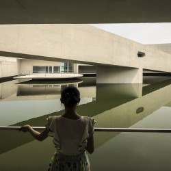 Alvaro Siza - THE BUILDING ON THE WATER SHIHLIEN CHEMICAL (24)