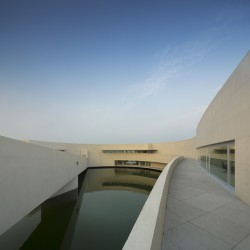 Alvaro Siza - THE BUILDING ON THE WATER SHIHLIEN CHEMICAL (29)