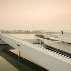 Alvaro Siza - THE BUILDING ON THE WATER SHIHLIEN CHEMICAL (31)