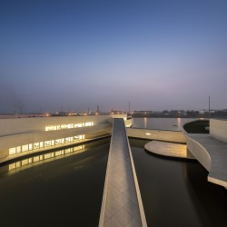 Alvaro Siza - THE BUILDING ON THE WATER SHIHLIEN CHEMICAL (39)