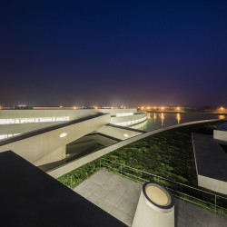 Alvaro Siza - THE BUILDING ON THE WATER SHIHLIEN CHEMICAL (43)