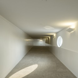 Alvaro Siza - THE BUILDING ON THE WATER SHIHLIEN CHEMICAL (53)