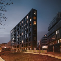 LAN . 40 Housing Units . Paris (8)