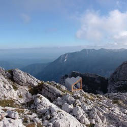 OFIS Architects . Alpine Shelter . Skuta Mountain (11)