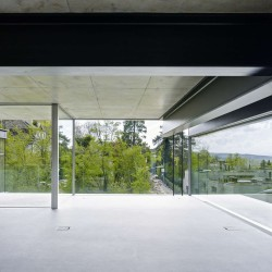 Christian Kerez . House With A Missing Column . Zurich (5)