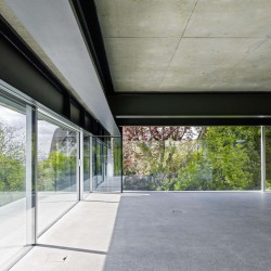 Christian Kerez . House With A Missing Column . Zurich (7)