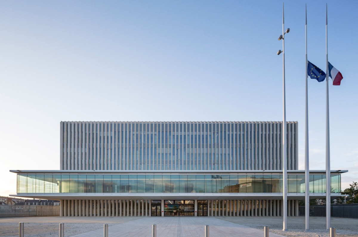 be Baumschlager Eberle . THE NEW LAW COURTS . CAEN (1)
