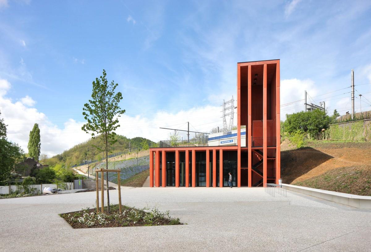 ARJM . The station . Herstal (2)