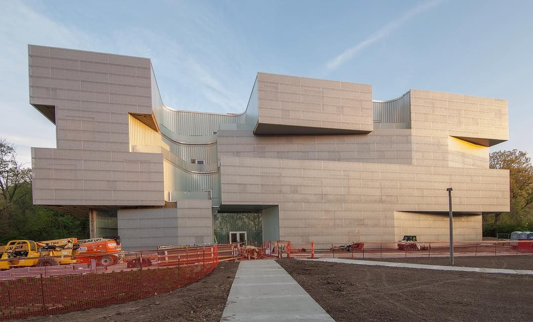 Steven Holl . UNIVERSITY SCHOOL OF ART AND ART HISTORY . IOWA  (1)