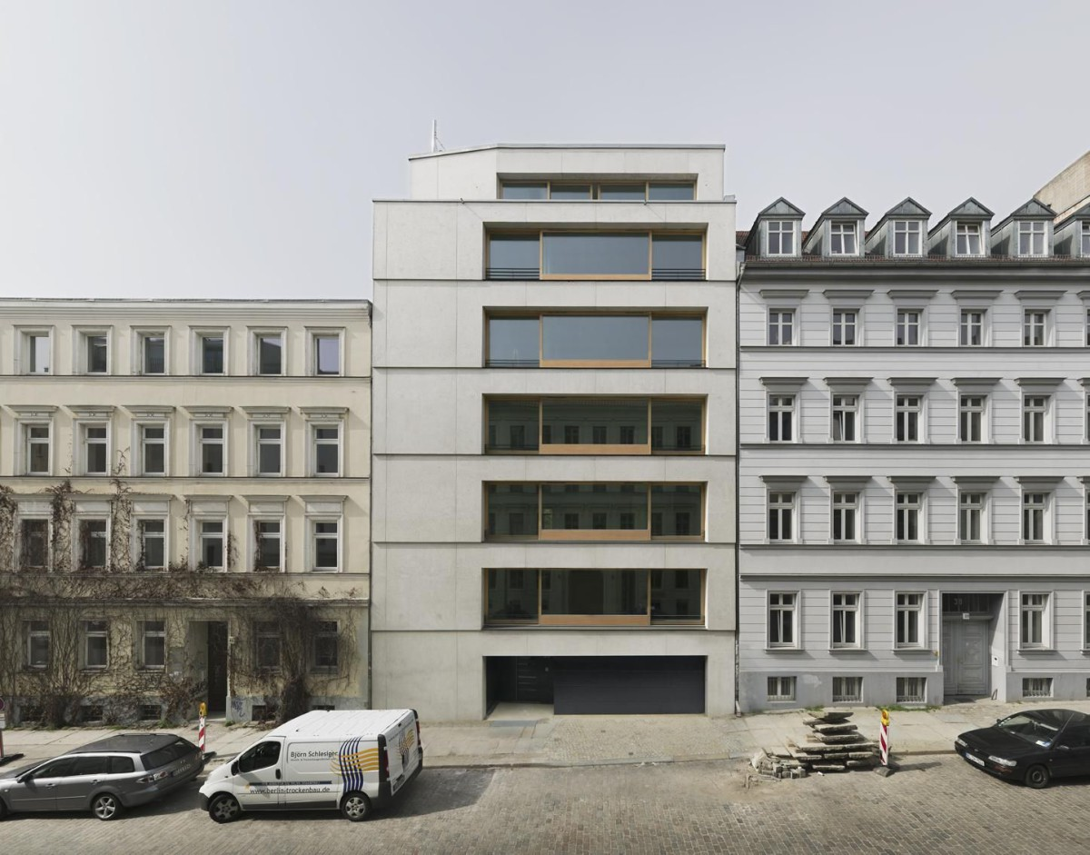 Zanderroth . CHRISTINENSTRASSE RESIDENTIAL BUILDING . BERLIN (1)