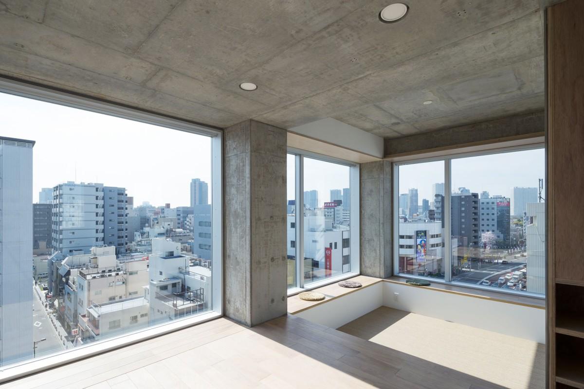 Hiroyuki Ito . Tatsumi Apartment House . Tokyo (4)