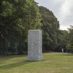 Lara Favaretto . Momentary Monument – The Stone . 2017 (1)