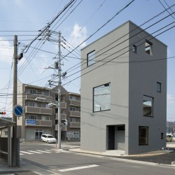 Suppose Design Office . Private house . iwakuni (1)