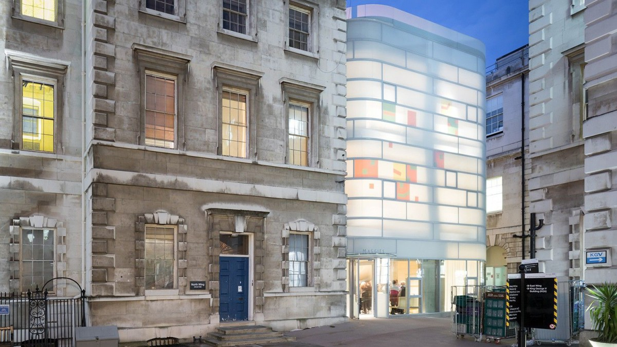 Steven Holl . The Maggie's Centre Barts . London (4)