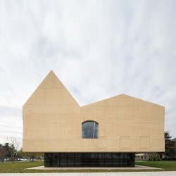 Vaillo+Irigaray . Psychiatric Center . Pamplona (1)