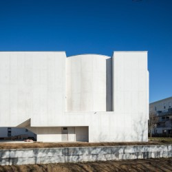 Alvaro Siza . Church of Saint-Jacques de la Lande . Rennes (4)