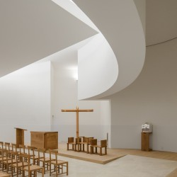 Alvaro Siza . Church of Saint-Jacques de la Lande . Rennes (40)