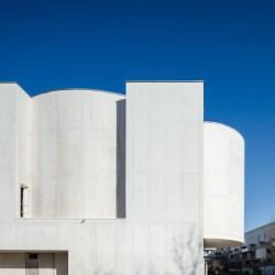 Alvaro Siza . Church of Saint-Jacques de la Lande . Rennes (5)