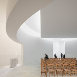 Alvaro Siza . Church of Saint-Jacques de la Lande . Rennes (51)