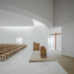 Alvaro Siza . Church of Saint-Jacques de la Lande . Rennes (63)
