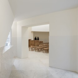 Alvaro Siza . Church of Saint-Jacques de la Lande . Rennes (76)