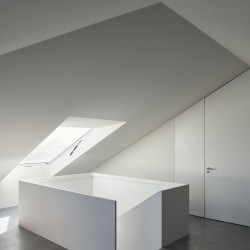 extrastudio . House for an Artist . Lisbon (16)