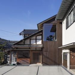 Tetsuya Mizukami . House renovation . Echizen  (1)