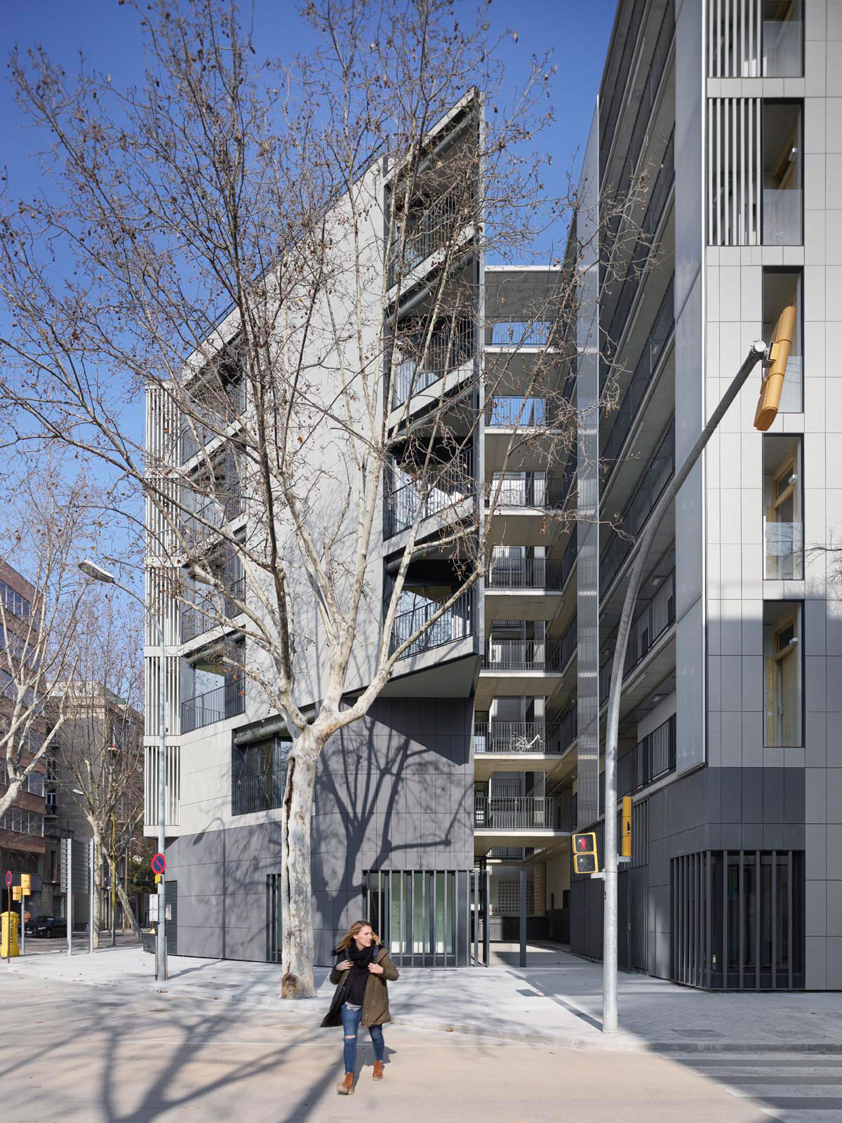 COLL-LECLERC .  Mixed Use DWELLING Building . Barcelona (1)