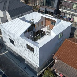 Tomohiro Hata . Loop Terrace . Hyogo (3)