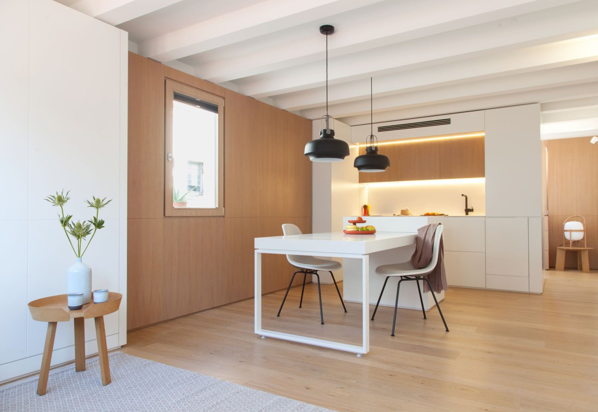 YLAB . Gran de Gracia mini apartment . Barcelona (2)