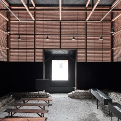 Peter Zumthor . Shelter for Roman Ruins .  Chur  (10)
