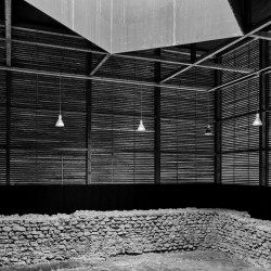 Peter Zumthor . Shelter for Roman Ruins .  Chur  (18)