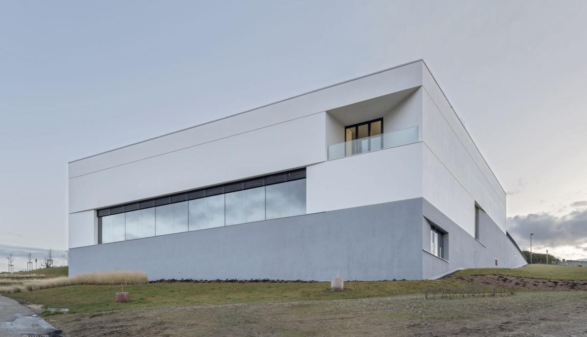 Studio Montagnini Fusaro. Salle de gymnastique Tatironne . Bussigny afasia (2)